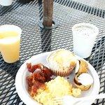Yummy free breakfast