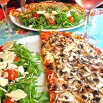 Mushroom Pizza with Rocket Salad