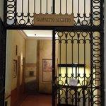 """ingresso al """"gabinetto segreto"""" da Pompei"""