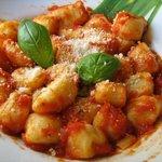 Gnocchi al tomate fresco y queso pecorino