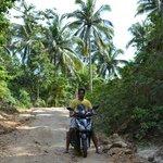По дороге к пляжу