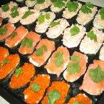 Tabiko, smoked salmon, poached salmon and tuna Gunkan.