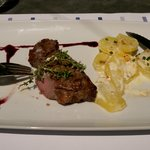 Amazing Steak and Dauphinois Potato at Binifadet (c) Josh Murray