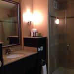 Embassy Suites, Columbus, OH. Bathroom.