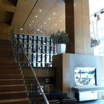 Reception area / mezzanine.