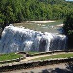 Letchworth State Park - Middle Falls (closer)