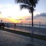 Lindo atardecer en Costa Brava Cozumel mexico
