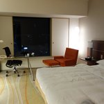 Modern, newly renovated rooms
