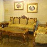 Pres. suite lounge room