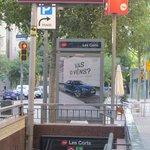 ближайшая станция метро Les Corst