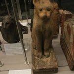 Statua gatto animale sacro