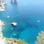 Blick von Capri ins Meer