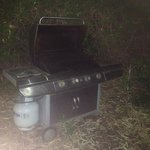 BBQ in the bush- missing plate and knobs