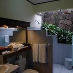 bathroom 506