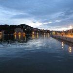 Walking along Gruz harbour in the evening