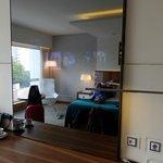 TV / Mirror