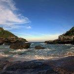 пляжи Бузиоса