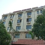 Ayarwaddy River View Hotel-front