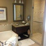 Bathroom - 1 bdrm deluxe suite