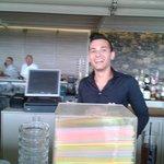 Christos, l'un des serveurs très sympas