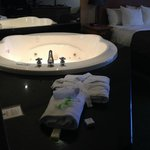 jacuzzi next to the bed !
