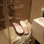 Peignoirs, pantoufles et draps de toilette