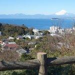 富士山、江の島、逗子マリーナ、披露山庭園住宅