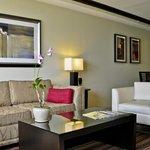 Living Area, Penthouse Suite, Bucuti & Tara Beach Resorts Aruba