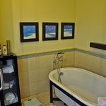Bath, Penthouse Suite, Bucuti & Tara Beach Resorts Aruba