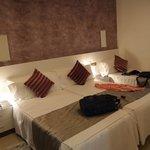 3-bed room