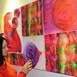 картинная галерея на этажах отеля