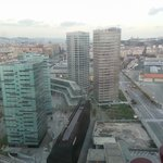 Вид из окна (справа Конгресс-центр Fira Gran Via)