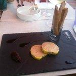 foie gras avec ses bagettines tièdes