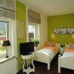 Gartenzimmer mit 2 Betten
