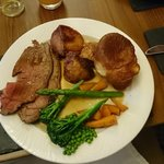 Aberdeen Angus roast beef and trimmings....great