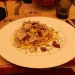 Tagliatella met gerookte eendenborst, Italiaanse pistache nootjes en geschaafde verse truffel