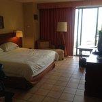 Unrenovated room - resort view rm 6117