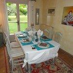 Salle à manger-table d'hôtes