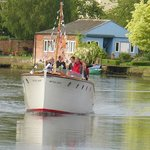 Perfect for a wedding cruise or pre wedding 'get to know you'