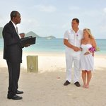 Re-tying the knot on the beach