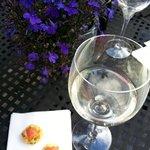 Delicious white NZ wine...