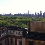 Vista para o Central Park da janela do corredor