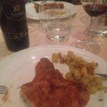 Cotoletta alla milanese  Carne piemontese tenerissima e impanatura perfetta! Ne avrei mangiate