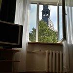 Гостиная, вид из окна.