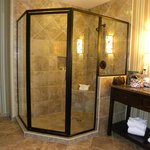 The Villas shower (double room)