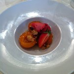Abricots rôtis et sorbet à la fraise