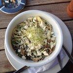 Spaghetti, mushroom, peas and feta with a white pesto sauce. Very nice!