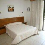4 bedroom villa double bed