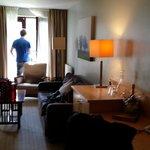 luxury suite - lounge area