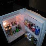 Холодильник забит